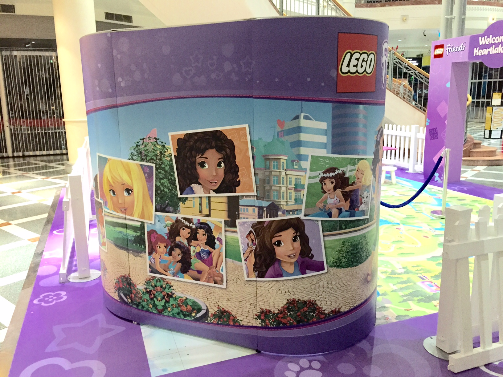 Lego photo booth back